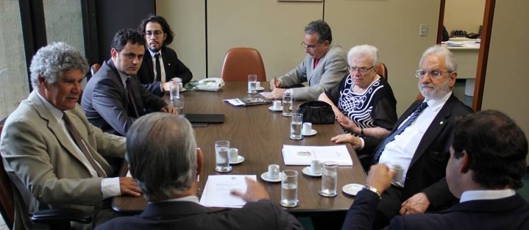 Manobras não vão frear luta contra Eduardo Cunha