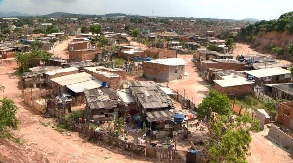 Ipea: mais pobres são os únicos a perder rendimento no Brasil sob Bolsonaro